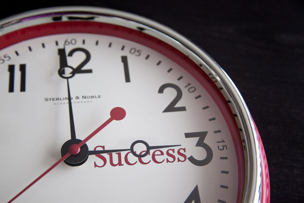 Success Clock Flazingo